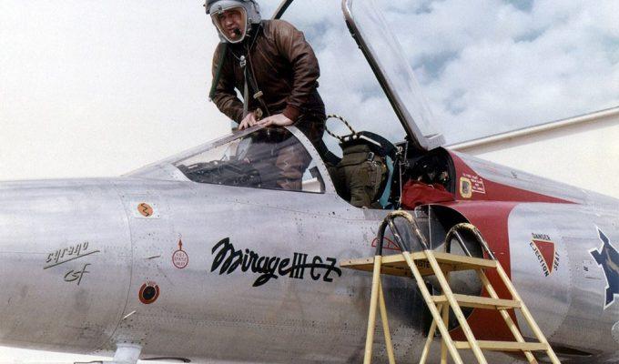 Elie Buge pilote d'essai à Dassault Aviation
