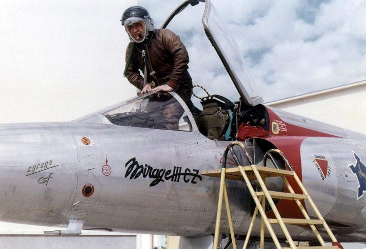 Retour sur la vie du pilote d'avion Elie Buge.