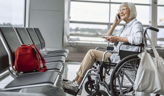 assistance_aux_personnes_a_mobilite_reduite_aeroport_de_biarritz_pays_basque